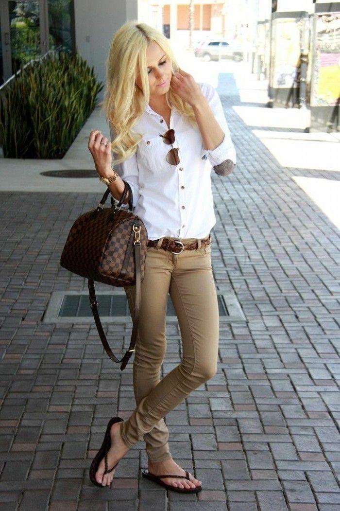 quoi mettre avec un pantalon kaki claire, tenue chic pour une vision  féminine