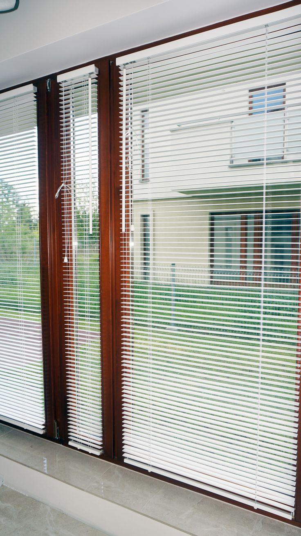 Białe Żaluzje Drewniane 25mm - inwestycja naszej Klientki, Pani Ani :)