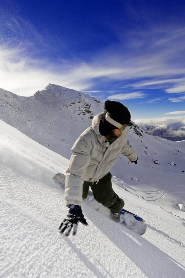 Learn to snowboard!! Again, I live in one of the best places in the world for winter sports! How have I not tried this already?!