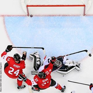 The reason for many Canadian smiles. #lonegoal