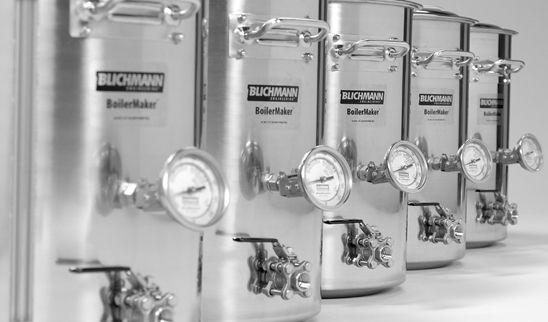 Você pode gostar disso Panela de alumínio podem causar envenenamento a longo prazo? Montando a panela do seu kit cervejeiro Instalando o termostato na sua geladeira cervejeira Bazooka ou Fundo Falso? A guerra do fundo da panela!
