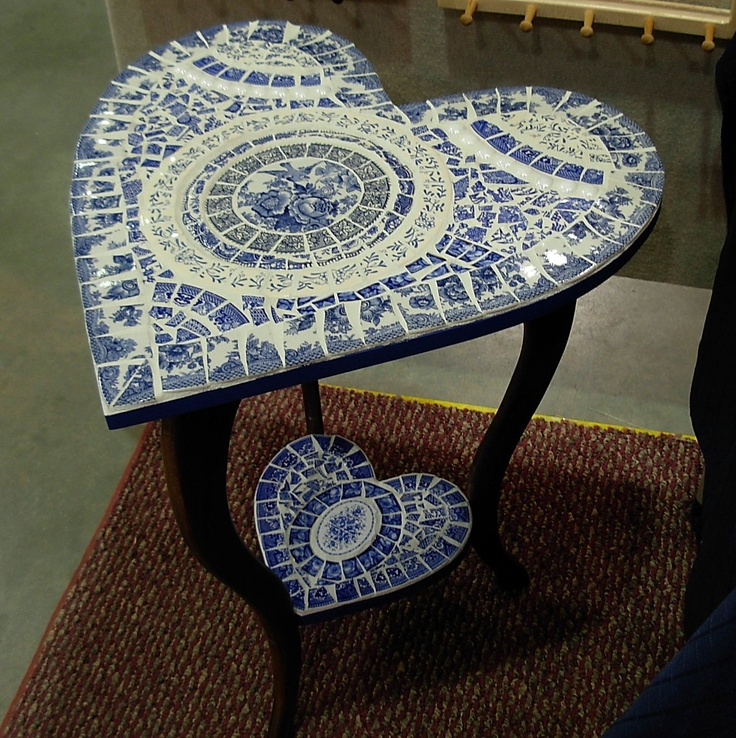 Blue Willow heart table by artist Lori Wilkinson
