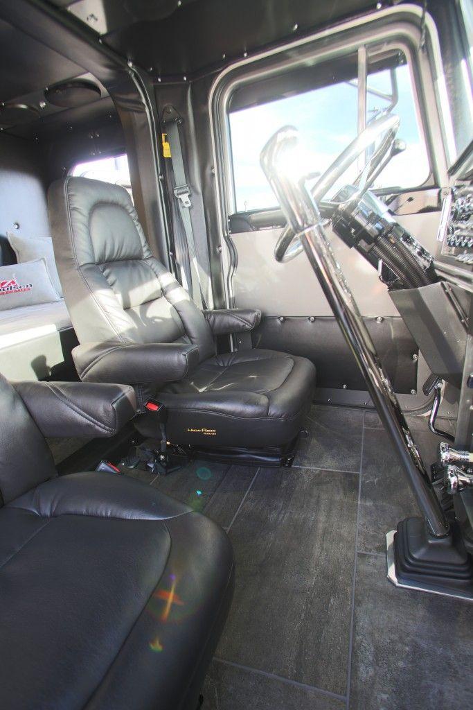 Trucking big rig interiors pinterest rigs and peterbilt - Peterbilt 379 interior accessories ...