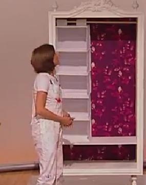 Переделка шкафа-комода в гардероб.