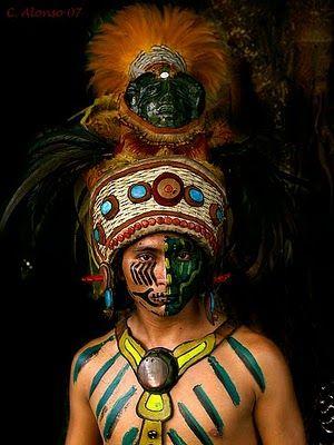 www.cewax.fr aime ce collier plastron style ethnique tendance tribale Mayan warrior
