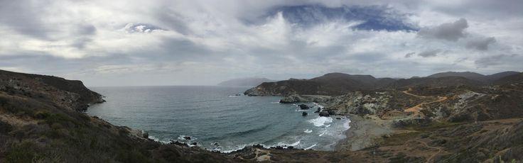 Shark Harbor Catalina Island [OC] [9754 3060] Catalina