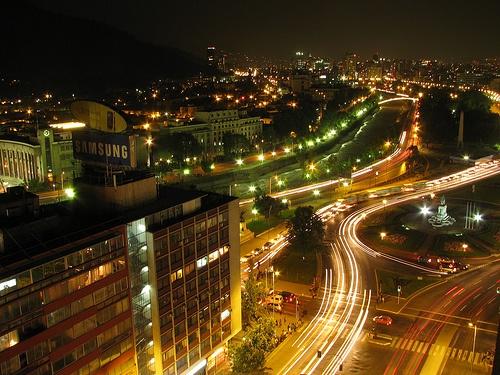 Plaza Baquedano de noche - Chile