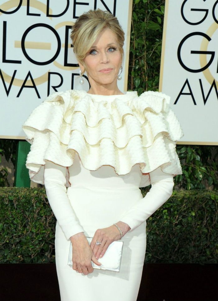 Expensive Jewelry Jane Fonda Golden Globes 2016. Exclusive jewelry, expensive jewelry, luxury jewelry, jewelry brands, diamonds, most expensive, luxury safes, luxury lifestyle, celebrity jewelry. See more jewelry news at: http://luxurysafes.me/blog/