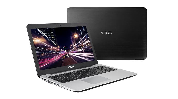 http://www.rvmaintenanceoptions.com/topgaminglaptops.php has a list of some of the top gaming laptops that can be brought along on a road trip.
