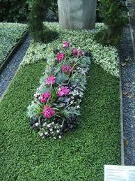 ... Herbst pe Pinterest Grabbepflanzung, Grabgestaltung și Grabpflege
