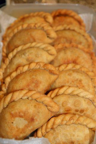 Empanadas de carne. Ver la receta http://www.mis-recetas.org/recetas/show/376-empanadas-de-carne
