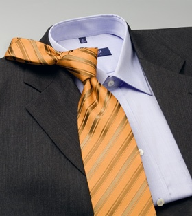 Tendenze nella moda uomo Le tendenze nella moda uomo di questa stagione non sono molto vistose, ma a volte molte di queste sono sensazionali. In genere le tendenze della moda femminile sono molto più spettacolari di quelle della moda uomo. http://www.cravatta.it/it/Blog-cravatte/did3929/Tendenze-nella-moda-uomo.html