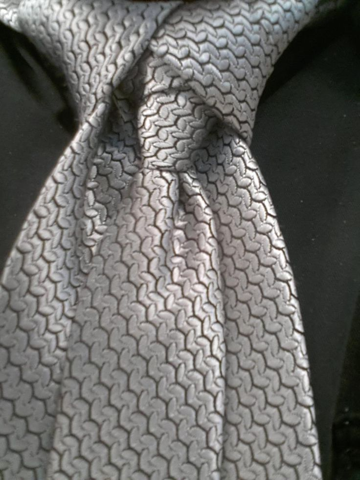 306 best ties images on pinterest necktie knots tie knots and ediety knot for your necktie also known as the merovingian knot how to tie ccuart Image collections