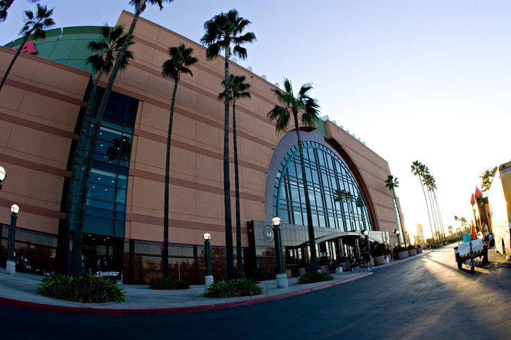 Nice Honda 2017: Honda Center: What to Know Before You Go...  Triangle Marketing Check more at http://carsboard.pro/2017/2017/03/08/honda-2017-honda-center-what-to-know-before-you-go-triangle-marketing/
