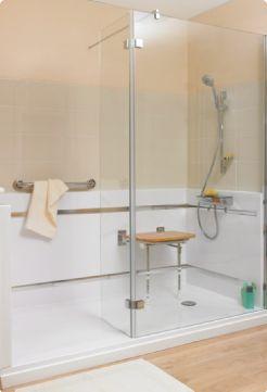 les 25 meilleures id es de la cat gorie salle de bains pour handicap en exclusivit sur. Black Bedroom Furniture Sets. Home Design Ideas