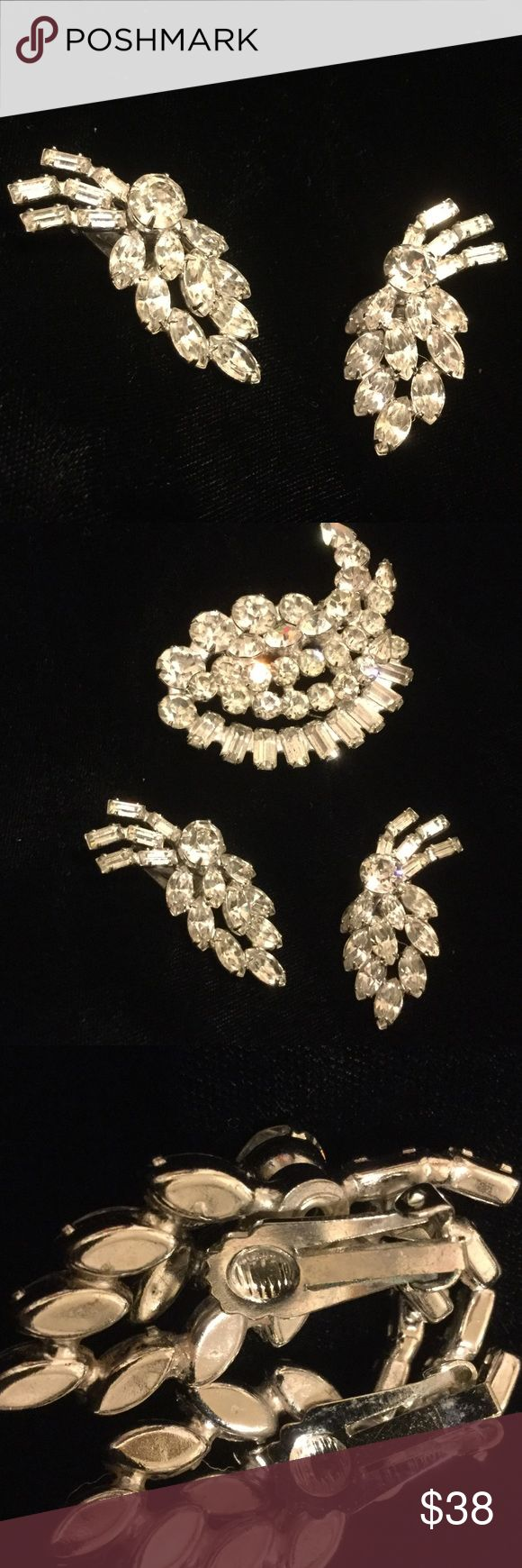 VINTAGE RHINESTONE EARRINGS VINTAGE STUNNING EARRINGS encrusted with baguettes, round stones, and marquise. I can't find the signature although they match quite well with the pin, which is a Kramer signed pin. Jewelry Earrings