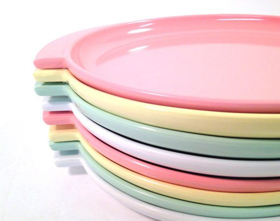 Melamine by Any Other Name. Retro C&ingMelamine DinnerwareVintage Dishes  sc 1 st  Pinterest & 46 best Melmac Melamine vintage dishes images on Pinterest   Vintage ...