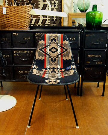 Herman Miller×PENDLETON : Herman Miller×PENDLETON (イームズ サイドシェル リフィニシュ ペンドルトン) MB7 Eames side shell chair (Over-All BK)