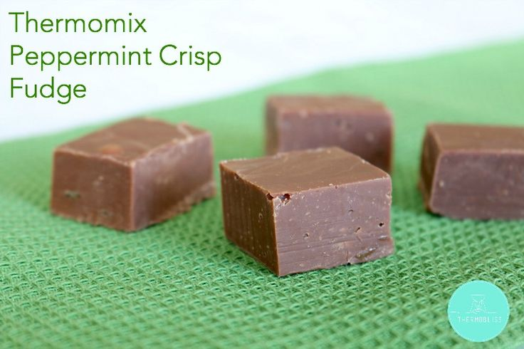 The easiest and yummiest Thermomix Peppermint Crisp Fudge recipe ever!