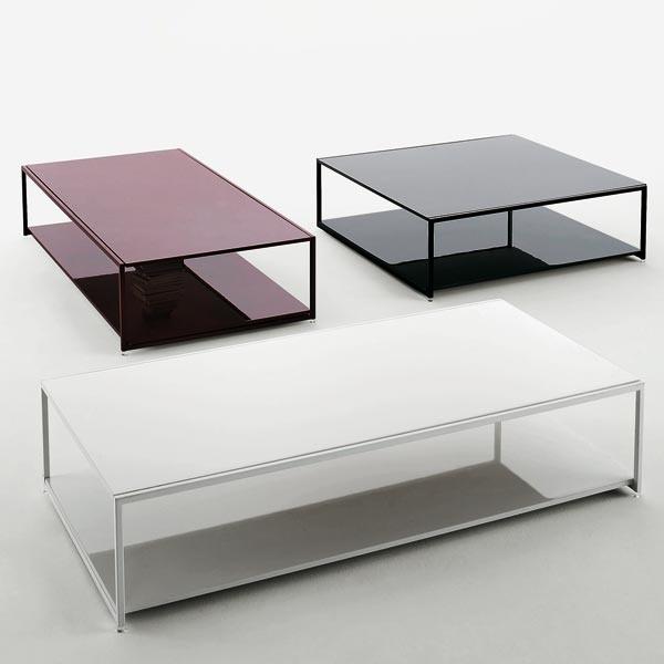PIANCA Frame , mesa de centro .Tamaños: L 132 x 71 x H 29 / L 88 x 91 x H 29 / L 107 x 110 x H 29.Doble vidrio y estructura cromada barnizada. Color: Negro