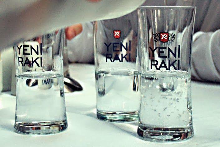 Rakı, turecka anyżowa wódka czym jest i jak powstaje? | Blog Rodzynki Sułtańskie