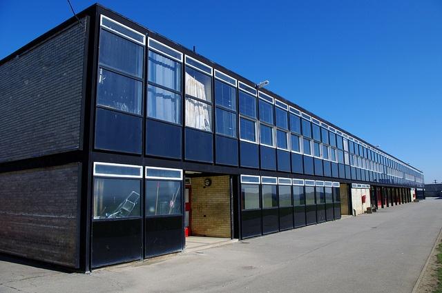 Hunstanton Secondary Modern School, Peter and Alison Smithson