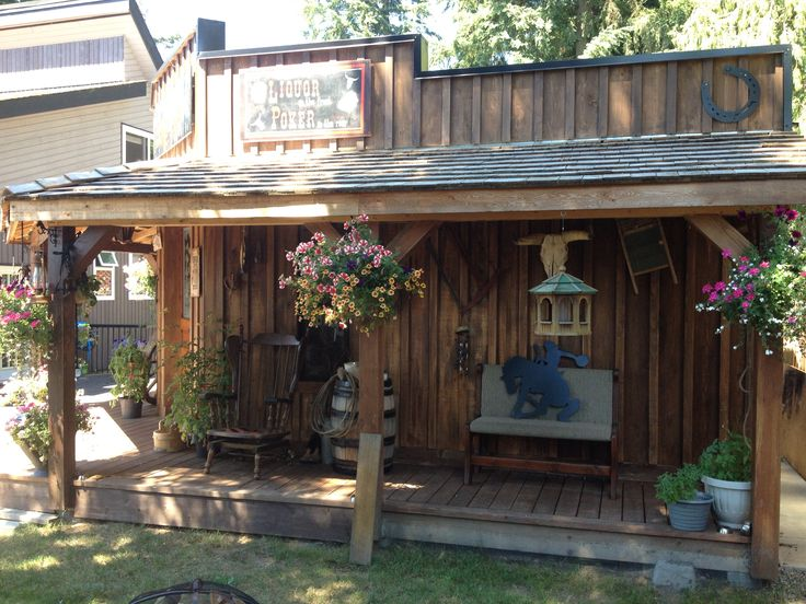 Western theme shed saloon look