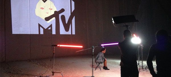 Deslocar 230 toneladas de pedra é obra, mas a MTV Portugal fê-lo pelos fãs!