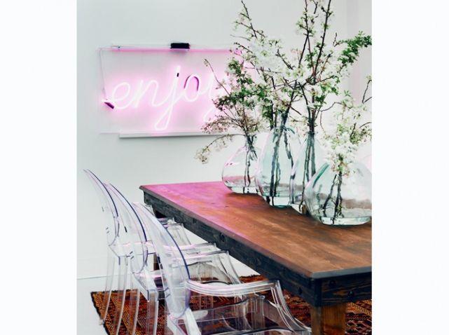 Neon rose enjoy lumiere