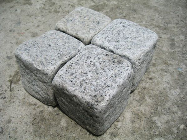 Best 25 cobblestone pavers ideas on pinterest for Granite 25 per square foot