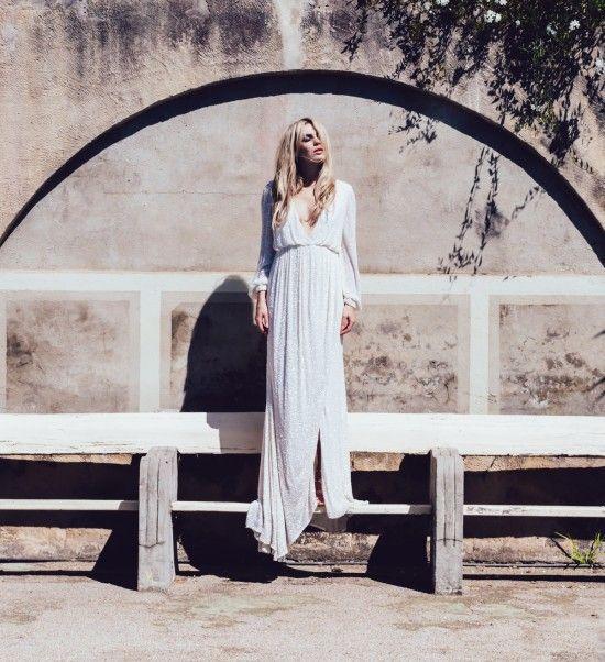 EDITORIAL | ONE DAY BRIDAL  Photography Erin & Tara Photography | Gowns by Kyha & One Day Bridal | Make Up & Hair Monica Gingold | Model Sheridan Seekamp |