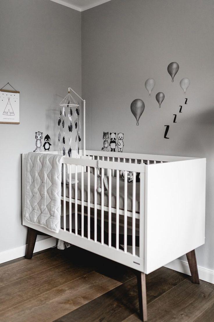 Kinderzimmer Im Skandinavischen Stil Das Babybett Ist Perfekt