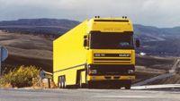 www.teamdafverzamelaar.nl - 80_jaar_1994Er wordt een nieuwe uitvoering van de DAF 95 geïntroduceerd met een nog grotere cabine: de Super Space Cab. Deze biedt nog meer ruimte en nog meer comfort voor de chauffeur._2008