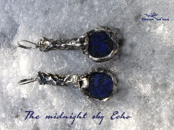 Raw azurie earrings The midnight echo natural