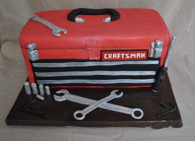 Cute groom's cake. You can do so many variations on this cake for a groom who is a mechanic.