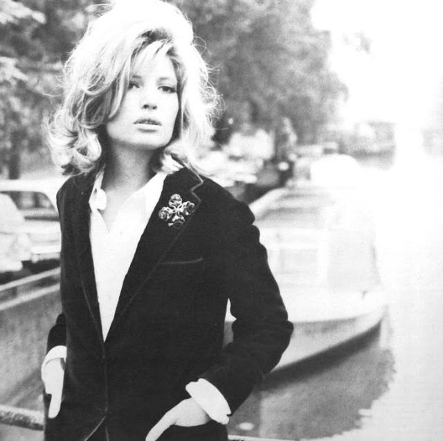 Monica Vitti, Jours de France February 1969