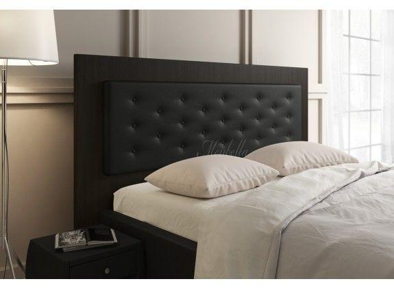 17 beste idee n over zwarte bedden op pinterest zwarte slaapkamer decor en nachtkastje - Groen hoofdbord ...
