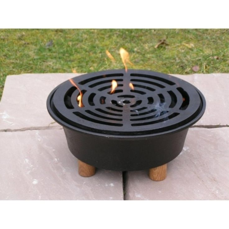 Garden hob bbq from Netherton Foundry/ The Glam Camping Company