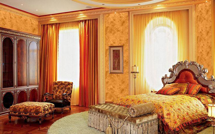 Golden Effects on Venetian Plaster