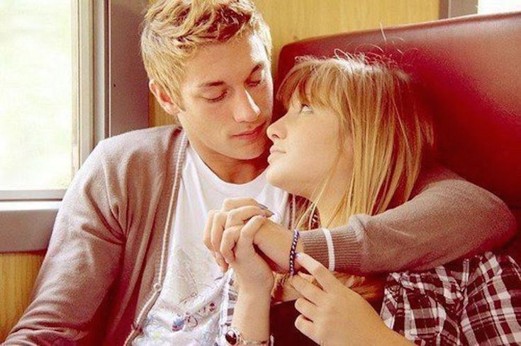 Loving someone from a broken family is worth it, these 10 reasons prove why.