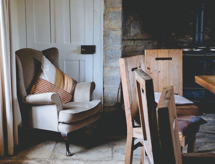 kleines deko strategien die ihre raumgestaltung zu weihnachten perfekt abschliesen aufstellungsort bild und cedabcffcd unwanted furniture wooden chairs