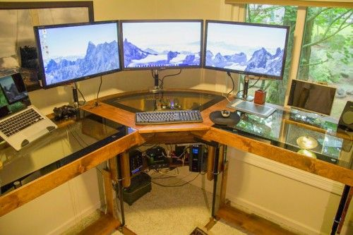 diy motorized standing desk pretty awesome for a corner desk with built in computer desks. Black Bedroom Furniture Sets. Home Design Ideas