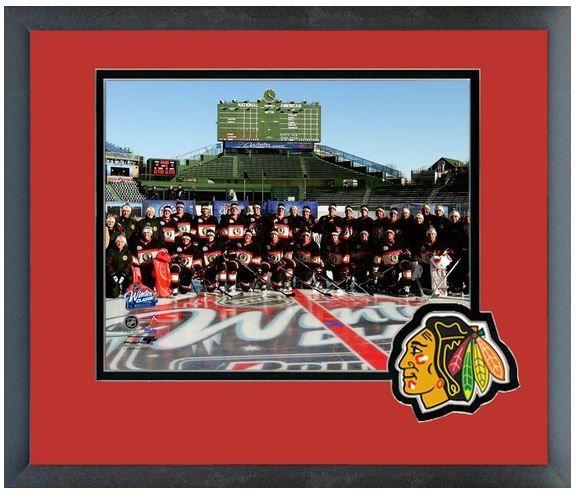 The Chicago Blackhawks Team Photo 2008-09 NHL Winter Classic