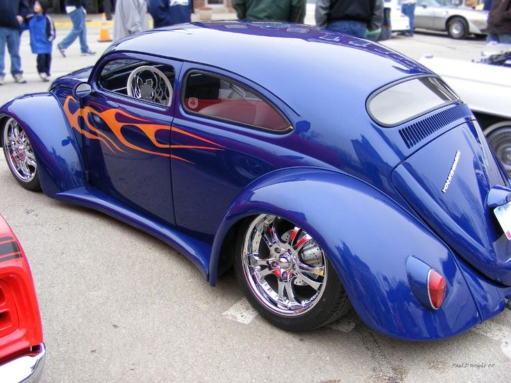 Another angle of this neat, highly customized Bug.. I