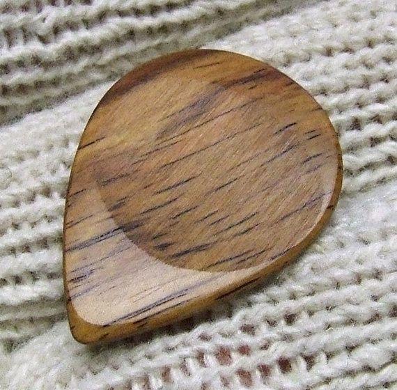 Wood Guitar Pick - Handmade Exotic Honduran Rosewood Premium Guitar Pick