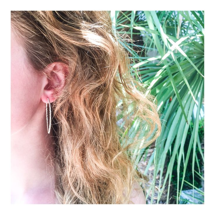 Big Creole earrings and palmsJEWELRY >> http://www.janekoenig.com/earrings.html