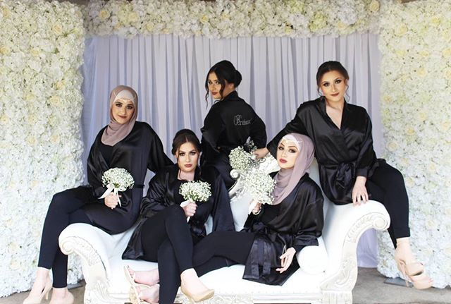 Let  emans wedding spamming begin 💕💕 Our beautiful  bridesmaids from todays wedding striking a  pose infront of our flower wall backdrop &  lux chaise lounge . #wedding#weddingday#chaiselounge#flowerwall#bridesmaids#bridesmaid#duties#sydneyweddings#sydneyevents#eventstyling#prophire @floralsandpropsbycharlene @redcarpetmoments @hijabsbyzazz @ebrumutlumua @queenstcarhire @sydney_event_escorts