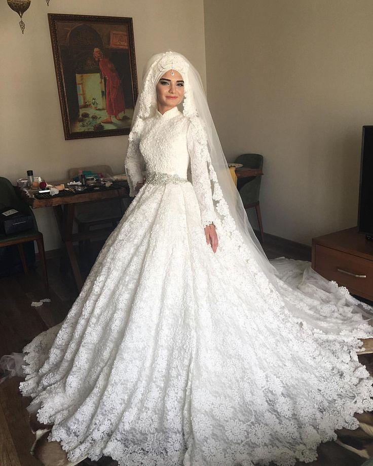 """1,309 Likes, 85 Comments - MAKEUPTÜRBAN TASARIM (@kubraaisikk) on Instagram: """"Ama prenses gibi olmadımı tatlış kübram  #gelinbaşı #kişiyeözel #evde #hizmet #profesyonelmakyaj…"""""""