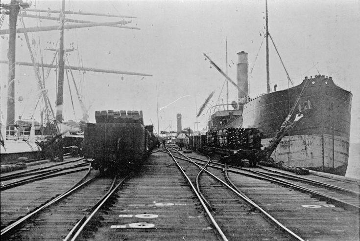 129208PD: Bunbury Jetty, 1907 http://encore.slwa.wa.gov.au/iii/encore/record/C__Rb3914873?lang=eng