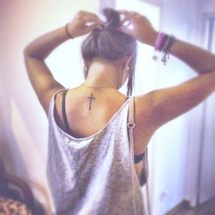 30. Back #Cross - 44 Dainty and #Feminine Tattoos ... → Beauty #Gorgeous